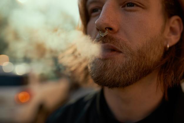 pod บุหรี่ไฟฟ้า น่าสนใจกว่าบุหรี่ไฟฟ้ารูปแบบอื่นอย่างไร